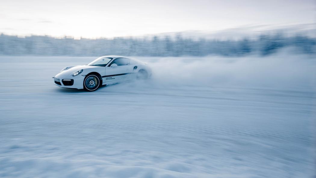 911 Turbo S, Porsche Driving Experience Winter, Levi, Finland, 2016, Porsche AG