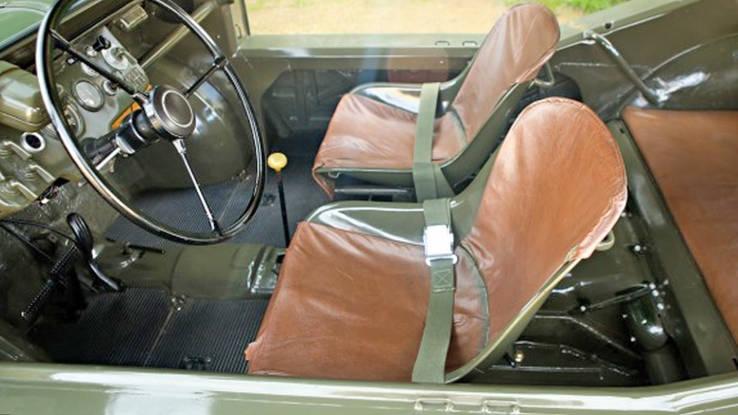 1958 Porsche 597 Jagdwagen interior